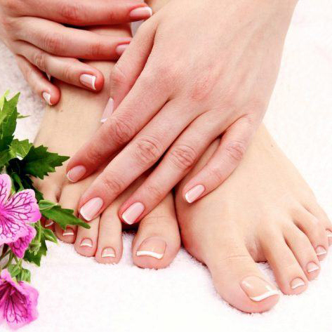 Combo pedicure and manicure