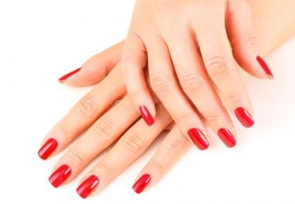 Gel nails rebase